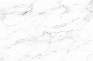 Encimera de mármol blanco veteado